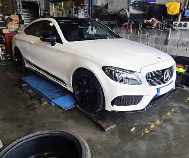 Mercedes W213 Coupe - OZ Racing Leggera HLT