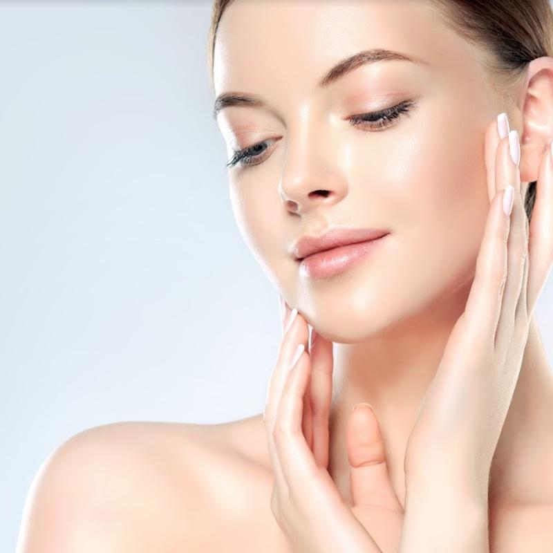 Tratamientos faciales específicos: Servicios de Salón de Peluquería y Estética Iraga