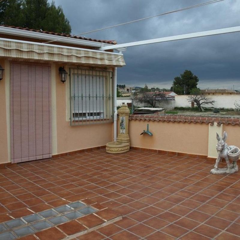 Casas en venta   85.000€: Compra y alquiler de Servicasa Servicios Inmobiliarios