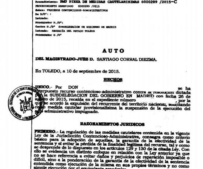 Auto acordando suspensión de la ejecución de expulsión: Áreas Profesionales de Vizano Abogados