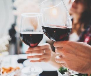 Cinco planes de verano para celebrar con una cena especial
