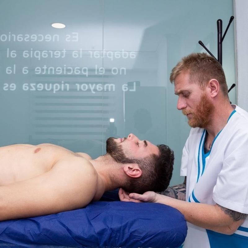 Fisioterapia: Masaje Profesional: Servicios de Clínica Tomás Ribera