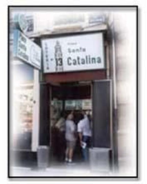 Venta de lotería de Navidad en Valencia - Administración de Loterías nº 13 Pz. Santa Catalina