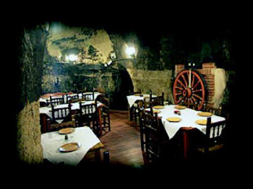 Fotos de Cocina castellana en Pobladura del Valle | Bodega La Gruta