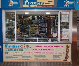 Establecimiento de reparación y arreglos del calzado en Leganés