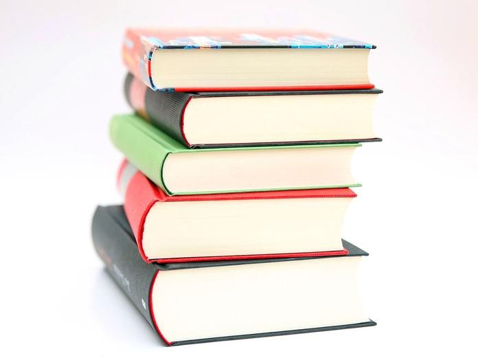 Libros Material escolar Minicréditos online préstamo dinero Private Credit