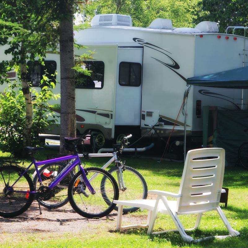 Tarifas: Nuestros alojamientos de Camping Laspaúles