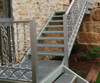 Ultimo trabajo escaleras de hierro