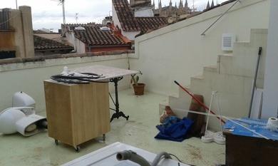 Pintado de suelos de hormigón a base de resinas en Mallorca