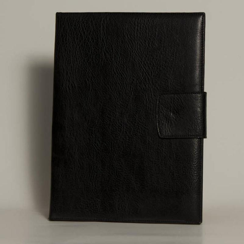 Portafolios PF-01335: Catálogo de M.G. Piel