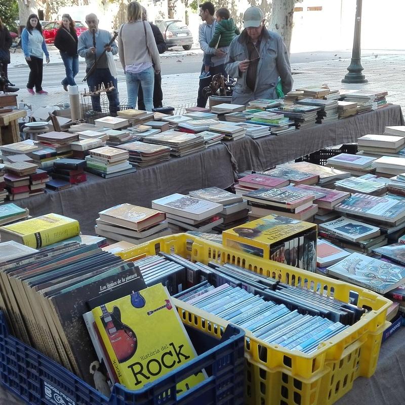 Mobiliario escolar y libros: Productos y servicios de Buidem