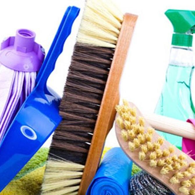 Trucos para eliminar suciedad y manchas de la tapicería