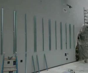 trasdosado con ventilación en el invernadero del ministerio de justicia Madrid
