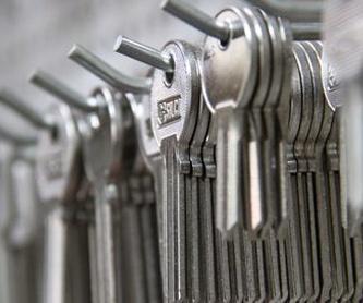 Cerrajería: Servicios de Ferretería Ruano