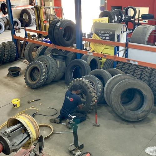 Reparaciones vehículos, motos y camiones en  | Pneumàtics Rodauto de l'Empordà