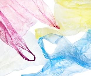 Se reduce a la mitad el consumo de bolsas de plástico por habitante desde 2007
