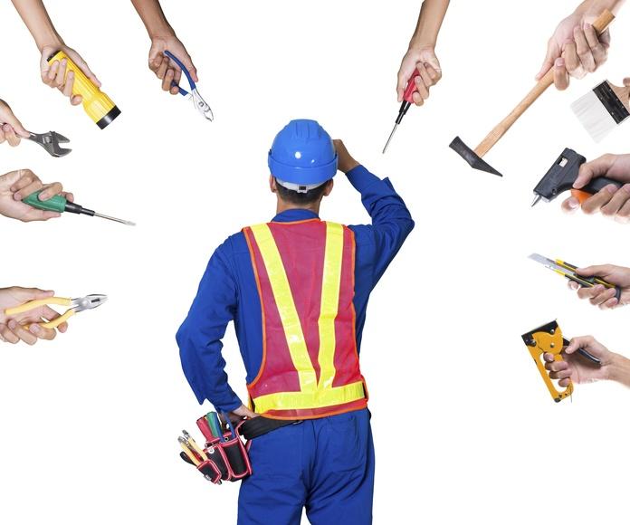 Coordinación con todos los gremios: Servicios  de Meaza Construcciones y Excavaciones