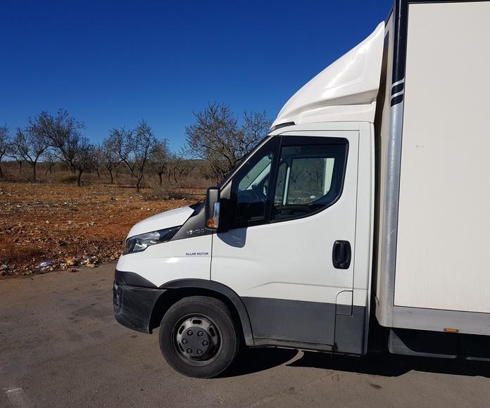 Transporte  24/48 horas: Servicios de Transportes Pons