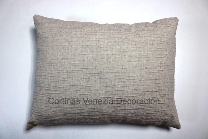 Gold dots: Catálogo de Venezia Decoración