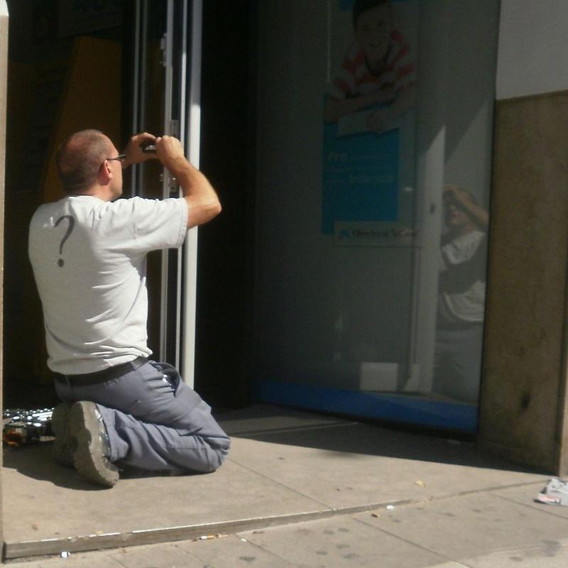 Cerraduras para comunidades: Servicios de Blanco Cerrajeros