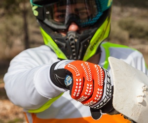 Detalle de los guantes
