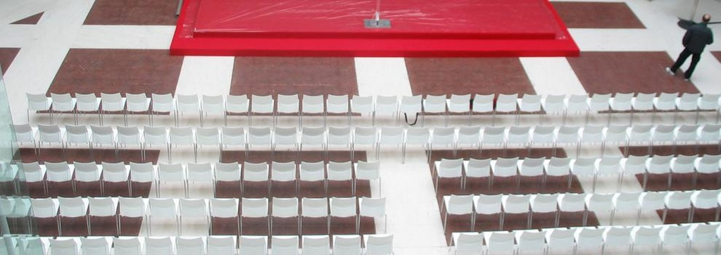 Alquiler de mobiliario para eventos centro Madrid | Constan