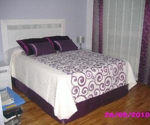 Funda nordica y cubre-canape , en dormitorio