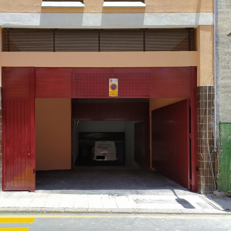Reparación puertas garaje: Servicios de JLS Puertas automáticas y Cerrajería