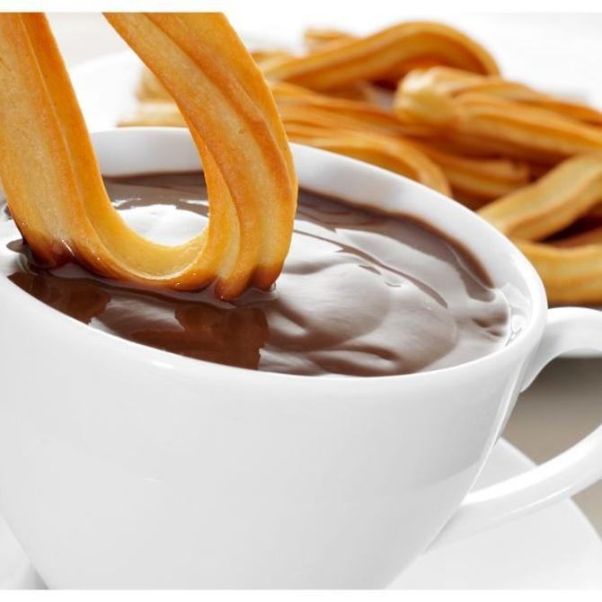Churros con chocolate, ¿desayuno o merienda?