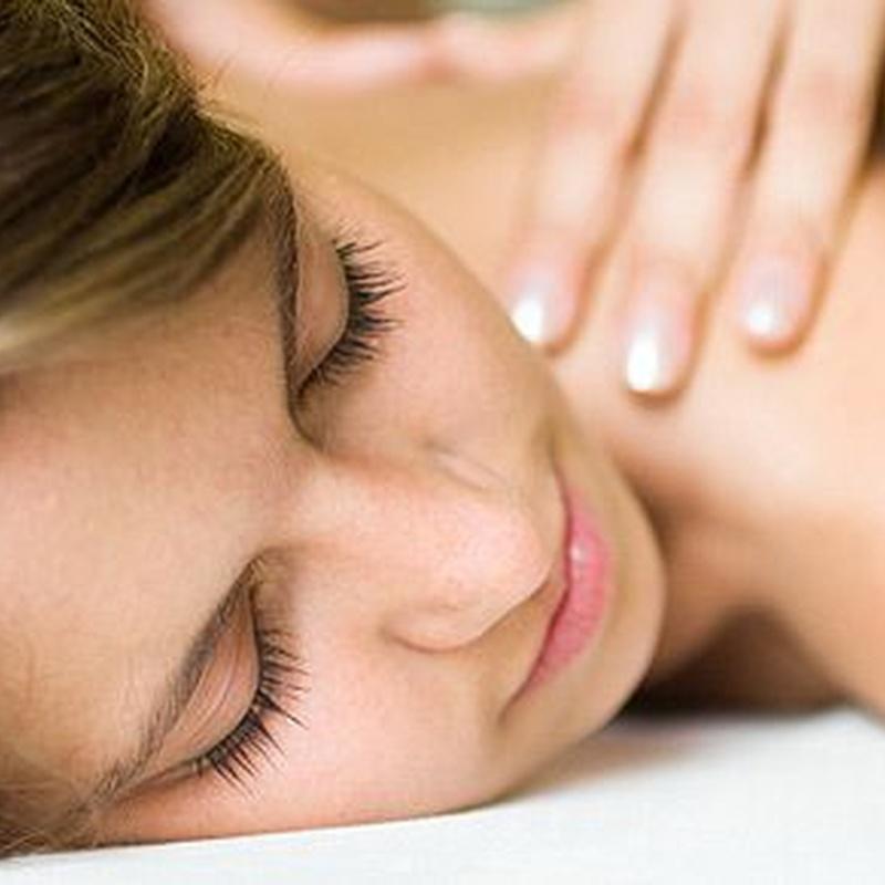 Masaje corporal y facial: Servicios de Das Beauty