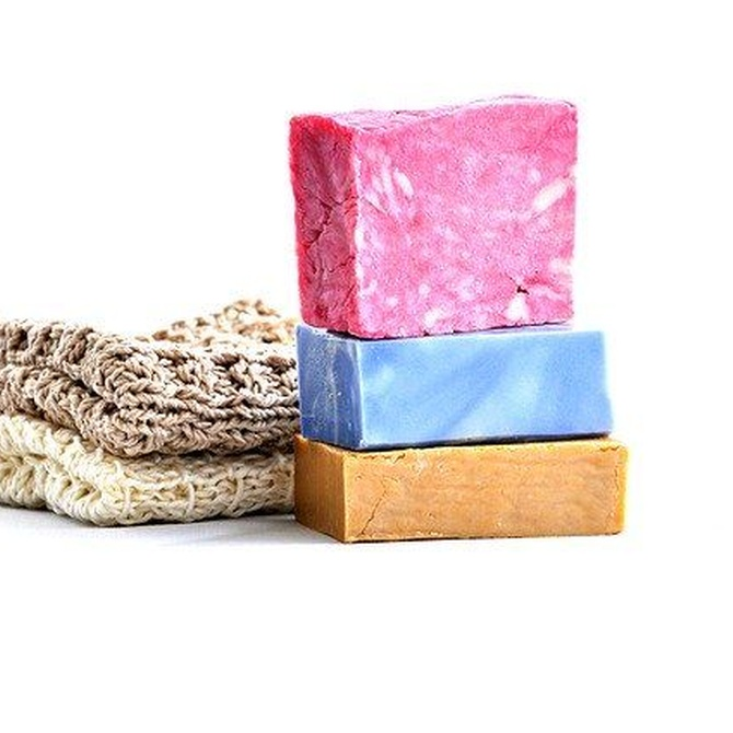 El jabón y el detergente en relación con el medio ambiente
