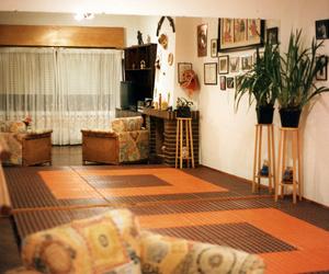Espacios atractivos con suelos modulares de diferentes colores.en Humanes como en toda la provincia de Madrid