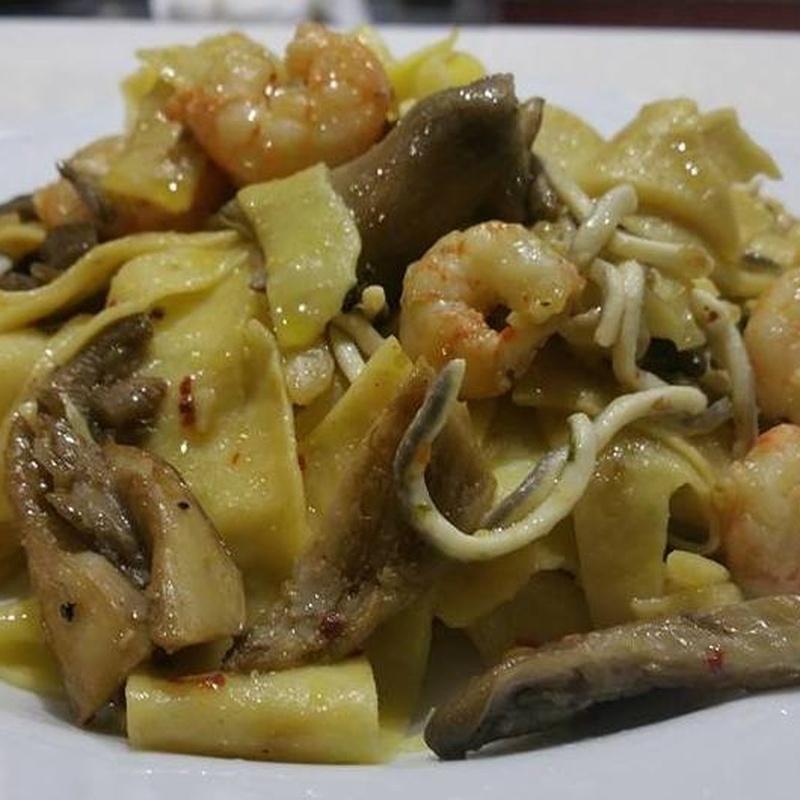 Pasta: Nuestros platos  de Restaurante Caruso