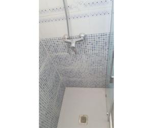 Instalación de plato de ducha en Campo de Gibraltar