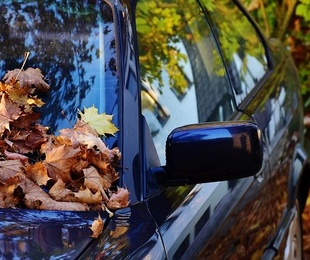 ¿Sabías que si bajas las ventanillas gastas más combustible?
