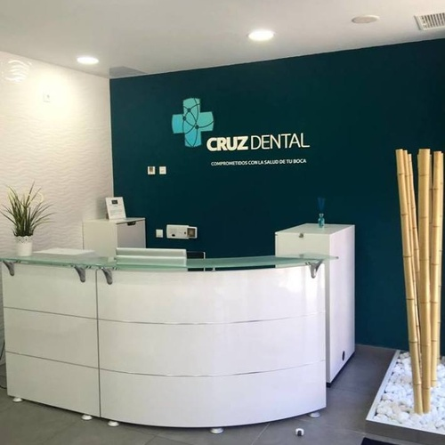 Clínica dental en Los Majuelos especialistas en estética dental