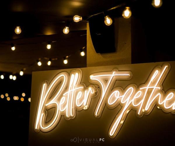 Letras luminosas para bodas en Pontevedra | DeMadera Chic