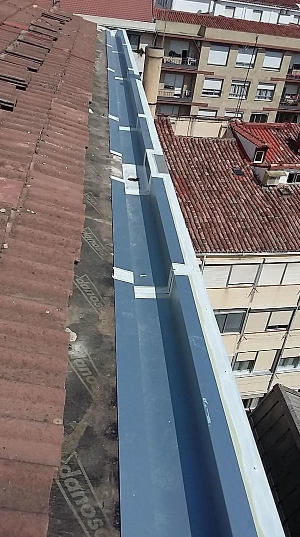 Reparación y mantenimiento de tejados: Trabajos de Bellavista Verticales 2014, S. L.