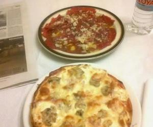 Todos los productos y servicios de Pizzerías: Pizzeria Crêperie La Boloñesa