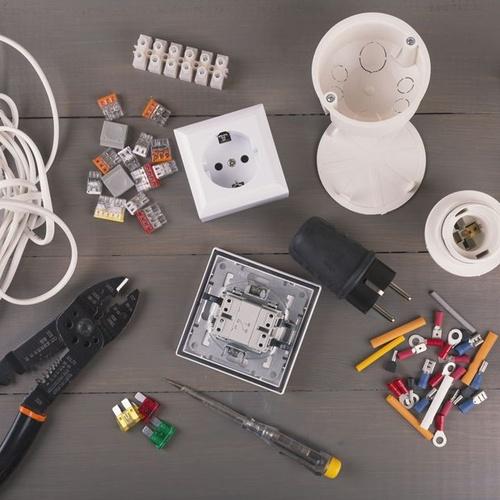 Distribución de material eléctrico en Cuenca