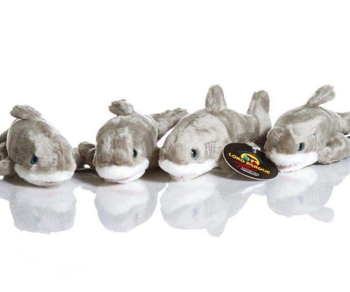 Tiburón pequeño / Small Shark: Productos de BELLA TRADICION