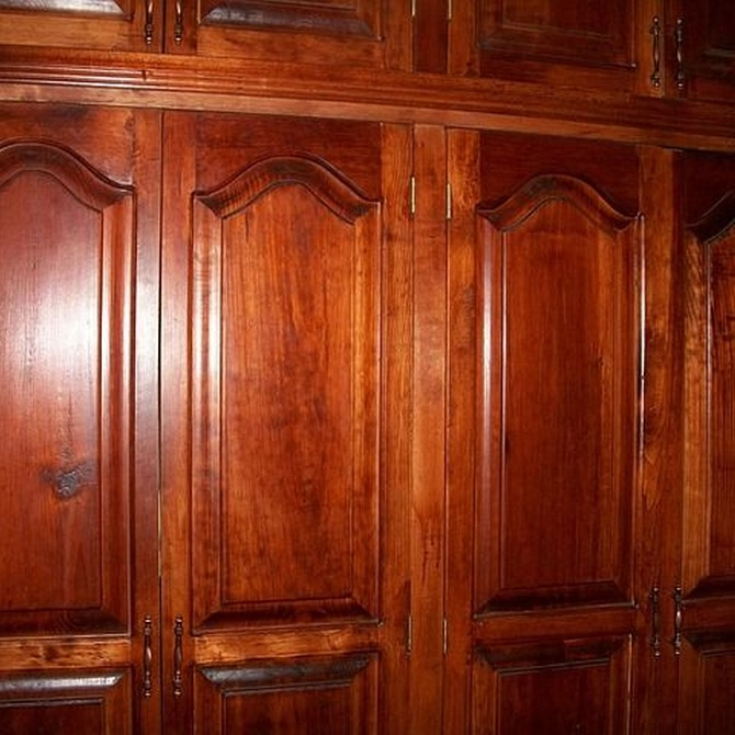 ¿Qué puertas colocar en el armario?