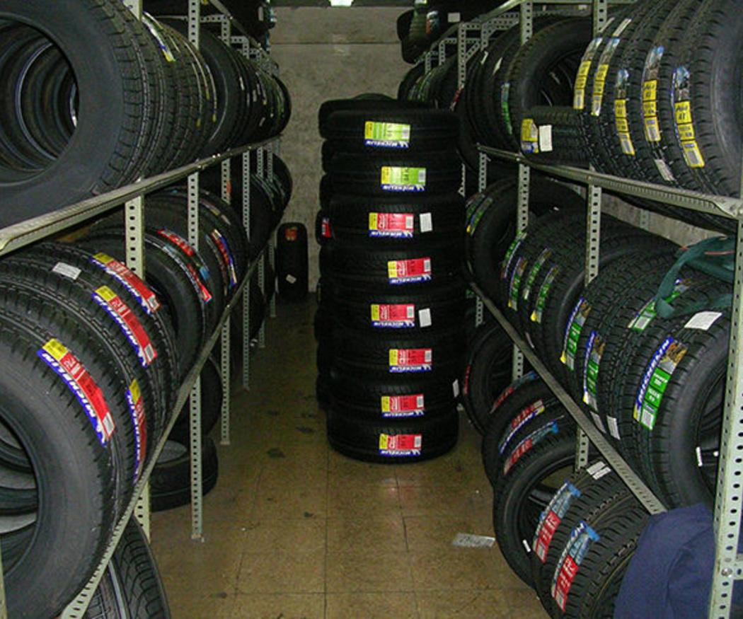 ¿En qué casos debo cambiar los neumáticos de mi coche?