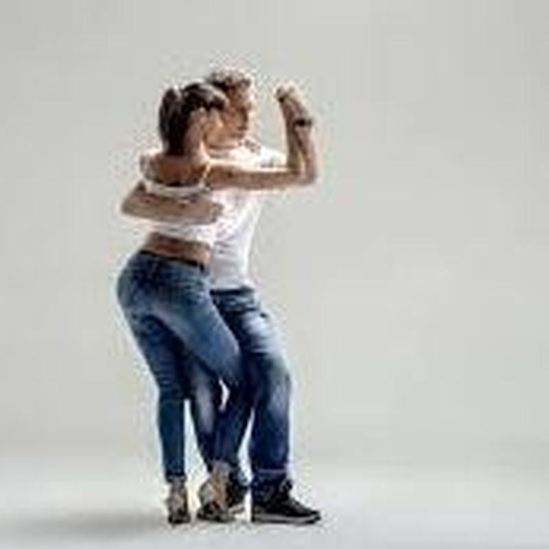 Bachata: Servicios de CAB - Baile