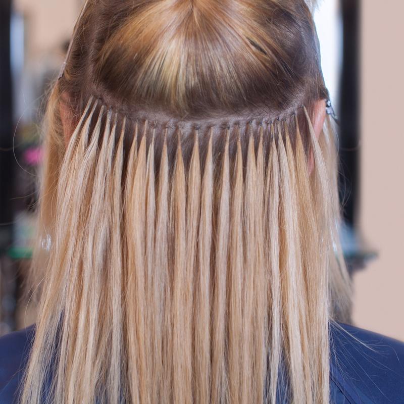 Extensiones de pelo natural: Servicios de Peluqueria Gato Negro