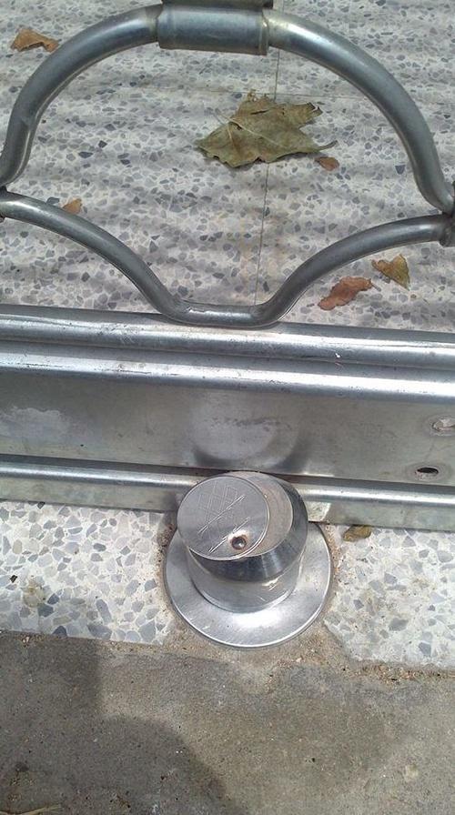 Cerraduras para cierres metálicos