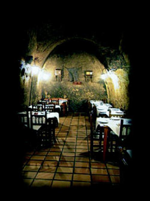 Fotos de Cocina castellana en Pobladura del Valle   Bodega La Gruta