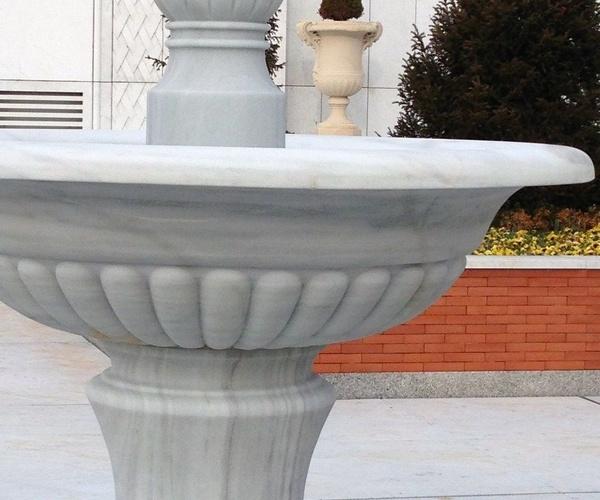 fuente en mármol de Macael