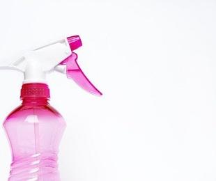 ¿Por qué es recomendable utilizar productos de limpieza ecológicos?