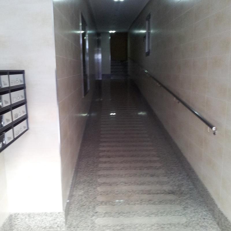 Reformar portal Oviedo